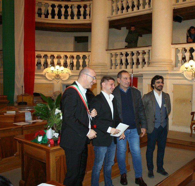 Cerimonia consegna cittadinanza